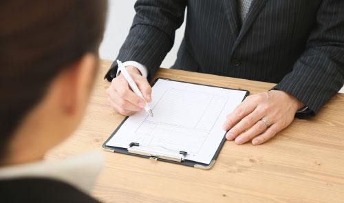労働条件を明示する雇い主